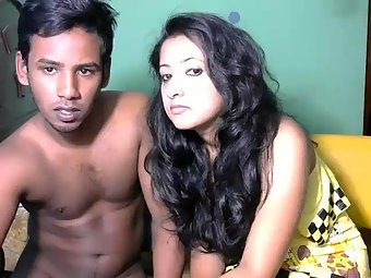 Sexy Indian Husband Wife Nude Chat On Live Cam